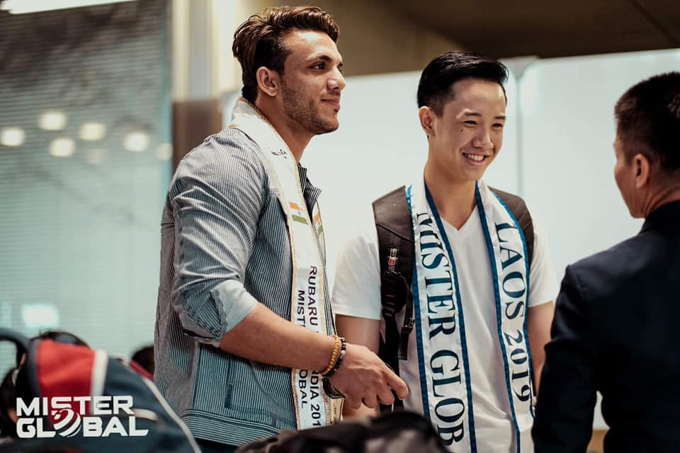 Rubaru Mr India 2019, Rishabh Chaudhary with Mister Global Brazil and Mister Global Laos in at the airport in Bangkok.