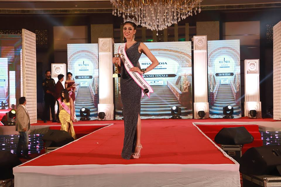 Apurvi Saini hailing from the Indian state of Tamil Nadu was crowed Rubaru Face of Beauty India 2019 at the annual Rubaru Miss India Elite beauty pageant held on March 17, 2019 at City Park Resort in New Delhi, India.