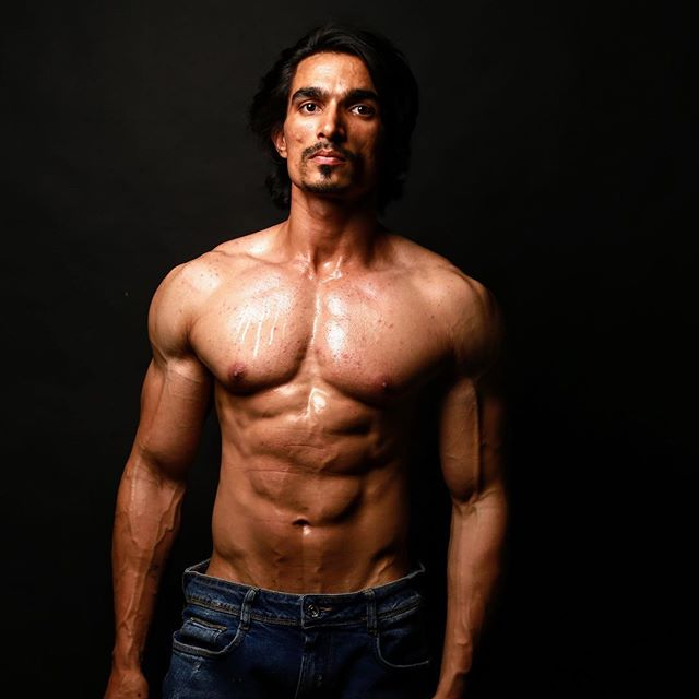 Amit stands 5 ft. and 11 inches tall and is a fitness expert, gym trainer and part –time model.