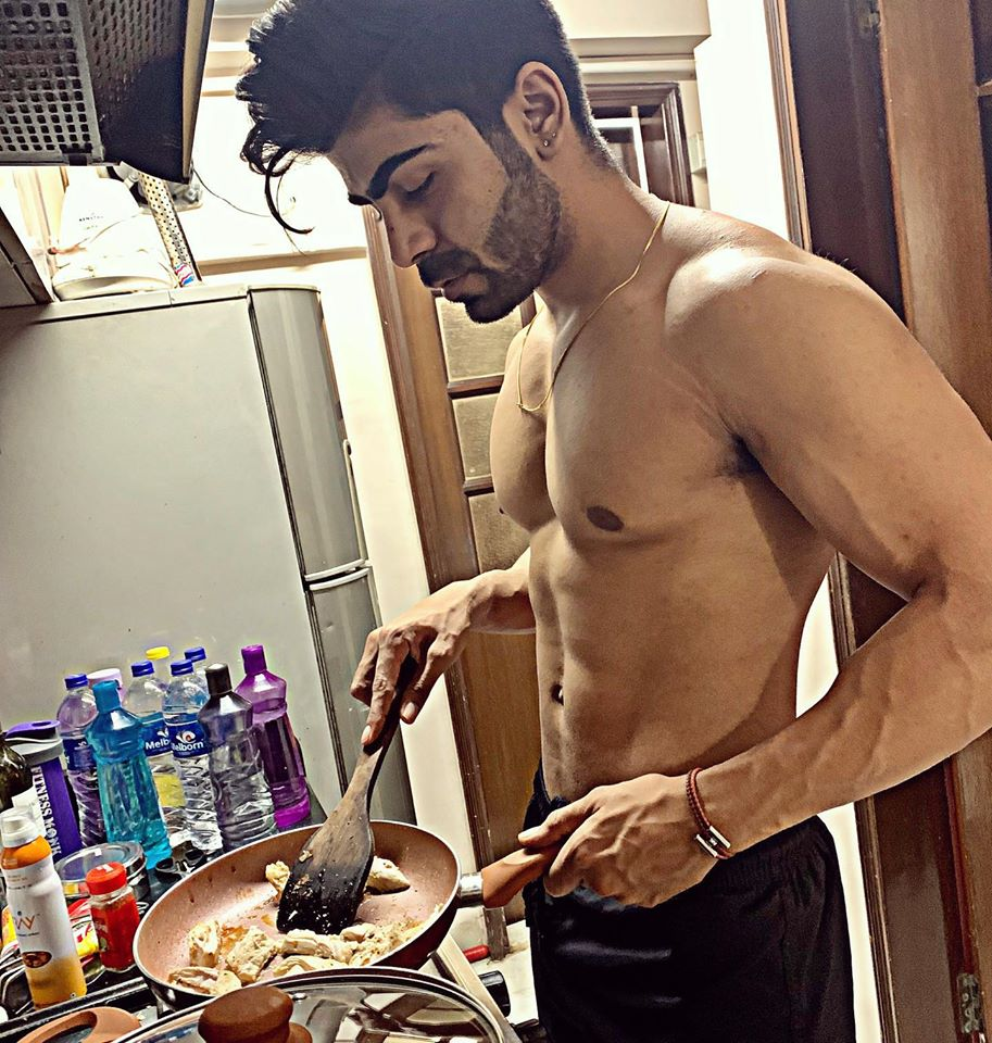 This Mumbai-based actor and model is also a great cook.