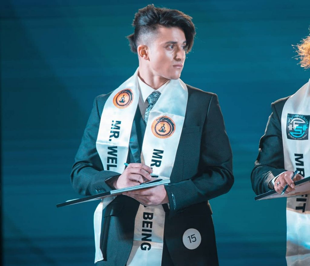 Along with winning this prestigious title, he also won Mr. Well Being 2019 special award.