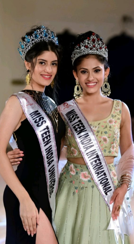Miss Teen India Universe 2019 and Miss Teen Universe Asia 2019, Vridhi Jain with Miss Teen India International 2019 and Miss Teen International 2019, Aayushi Dholakia.