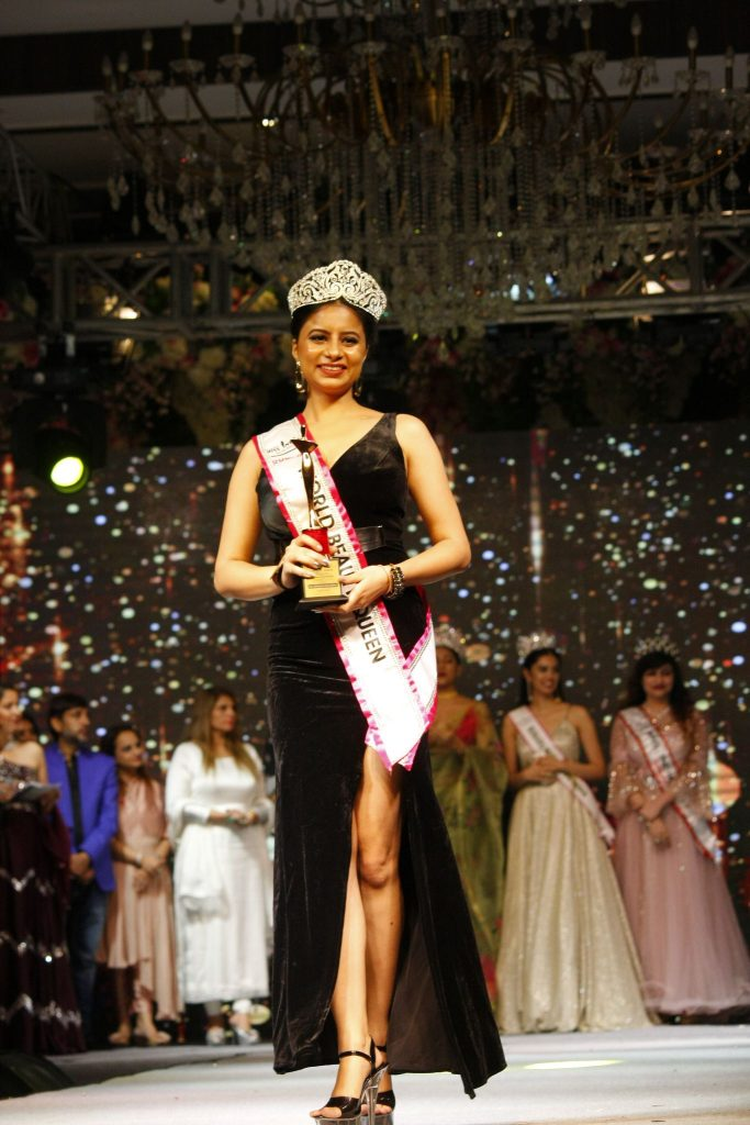 Earlier this year, Ashmia Sharma created history by becoming the first candidate from Jammu and Kashmir to win Rubaru Miss India Elite beauty pageant.